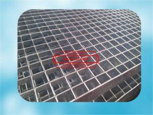 paslanmaz-galvaniz-kaplamali-yurume-yolu-merdiven-platform-izgara-izgaralar